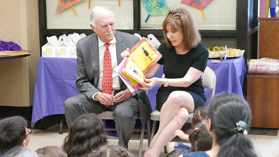 Mike and Jackie Bezos read to children and families at NYU Langone Hospital—Brooklyn