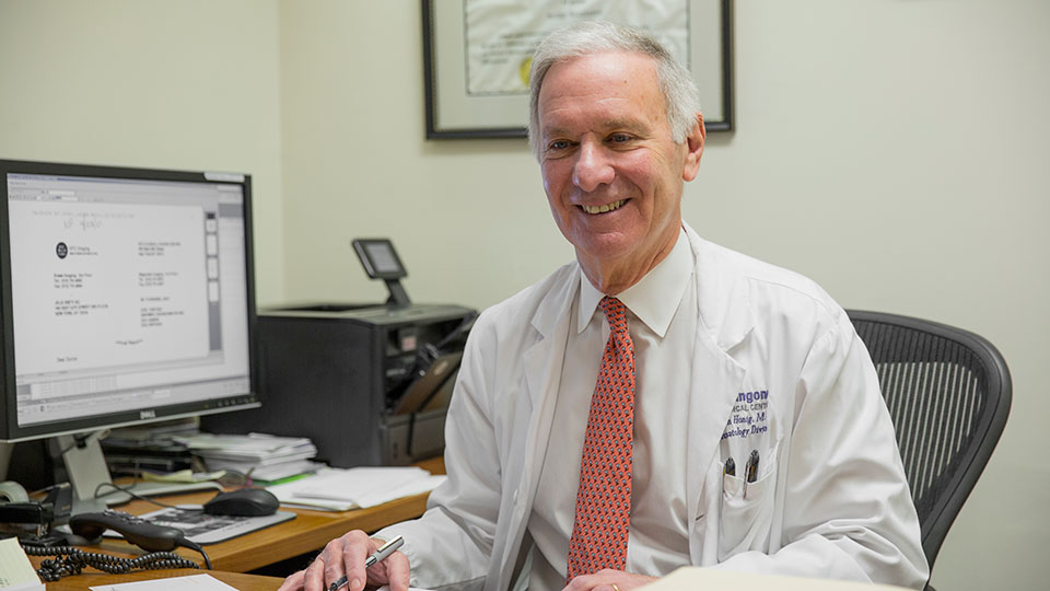 Rheumatologist Dr. Stephen Honig at the Osteoporosis Center