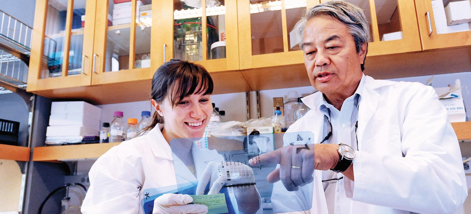 Dr. Moses Chao in His Lab with a Colleague