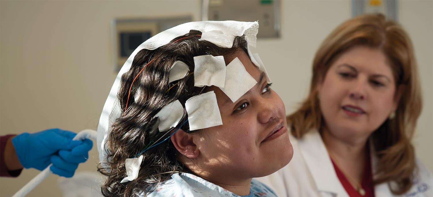 Dr. Blanca Vazquez Monitors a Patient for Signs of Seizures.